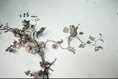 Teilansicht: Blumenkranz an der Deckenmitte, Ausschnitt: Blumen auf der Nordhälfte, Aufn. Cürlis, Peter, 1943/1945