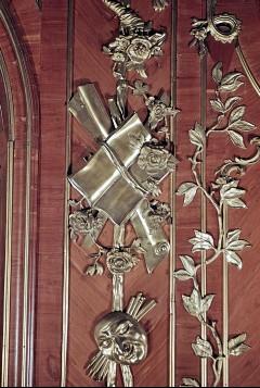 Detail: Papier und Blätter am linken Paneel der Südwestwand, Aufn. Cürlis, Peter, 1943/1945