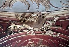 Detail: Gegenstände über dem Fenster an der Südwand, Aufn. Cürlis, Peter, 1943/1945