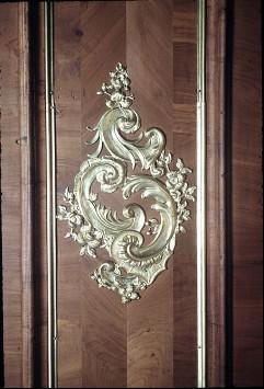 Detail: Rocaille an der Wandpaneele links neben dem Fenster, Mitte, Aufn. Cürlis, Peter, 1943