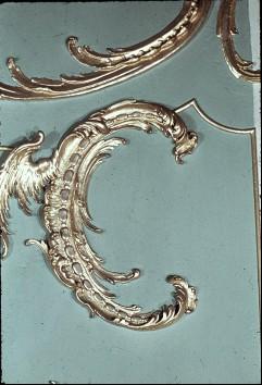 Detail: geflügelte Rocaille am rechten Seitenpaneel der Ostwand, Aufn. Cürlis, Peter Cürlis, Peter, 1943