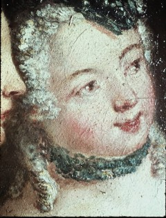 Ausschnitt: zwei sitzende Damen, Detail: Gesicht der rechten Dame, Aufn. Cürlis, Peter, 1943