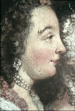 Ausschnitt: zwei sitzende Damen, Detail: Gesicht der linken Dame, Aufn. Cürlis, Peter, 1943