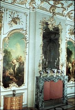 Teilansicht der Ostwand mit dem Kamin in der Mitte, Aufn. Cürlis, Peter, 1943/1945